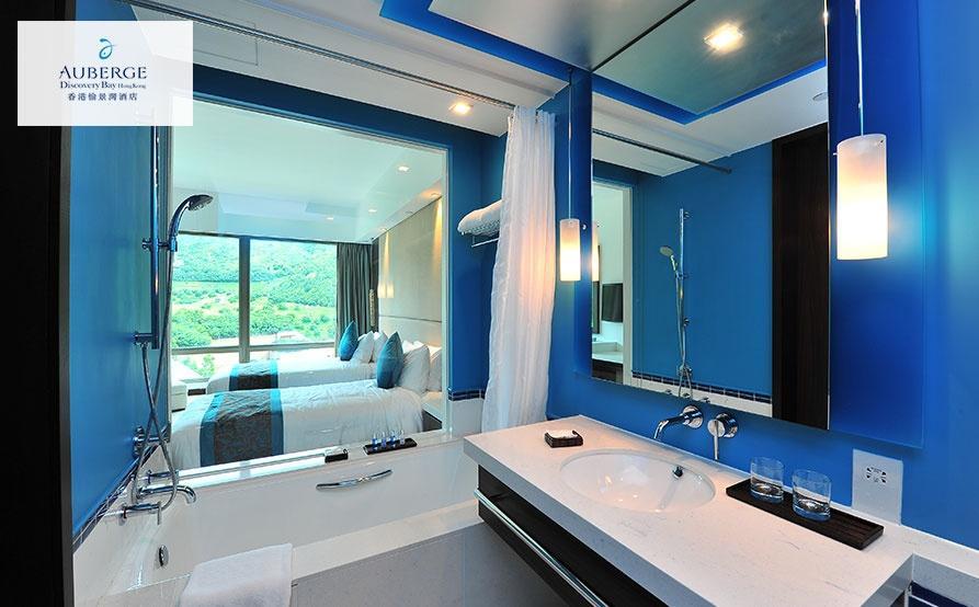 山景房浴室