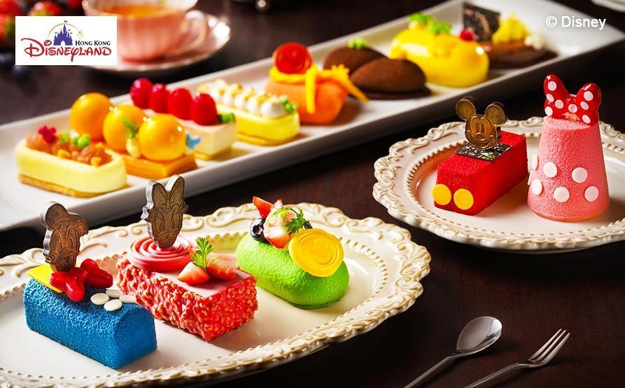 甜品巡禮:榛子朱古力慕思蛋糕、紅桑子絲絨蛋糕、迪士尼特式甜品球